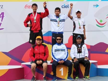 Francisco Sánchez se despide del Nacional Juvenil con medalla de bronce2.jpg