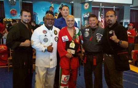Hugo Puentes va por otro título internacional en Artes Marciales .jpg