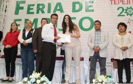 Inauguran Feria de Empleo en Tepeji del Rio con 30 empresas participantes1.jpg
