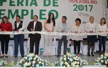 Inauguran Feria de Empleo en Tepeji del Rio con 30 empresas participantes2.jpg