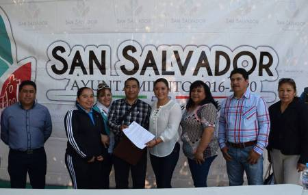 Instituto Hidalguense de Educación entrega inmueble al municipio de San Salvador2.jpg