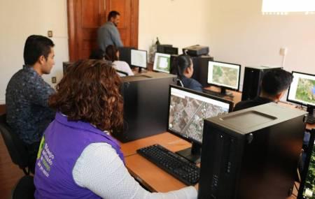 """Laboratorio de Geomática  """"Tecnología  de punta"""" en el Colegio del Estado de Hidalgo.jpg"""