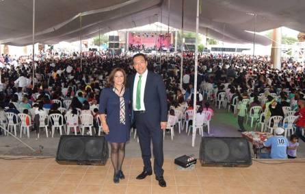 Más de 5 mil madres de familia fueron festejadas en el municipio de San Salvador 2