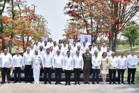 Omar Fayad asistió a Reunión Plenaria de la Conago, realizada en Morelos3