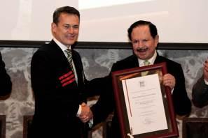Otorga UAEH beca como Profesor Honorífico Asesor a Juan Francisco Ealy Ortiz