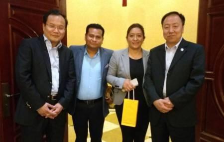 Presidentes municipales se reúnen con empresarios chinos1