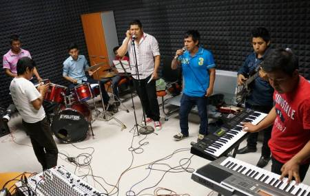 Radio UAEH-Huejutla estrena producciones en Náhuatl2.jpg