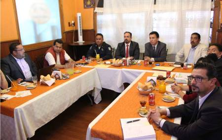 Secretarios de Seguridad Pública de Querétaro e Hidalgo acuerdan estrategias operativas contra la delincuencia1.jpg