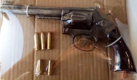 Tres detenidos por SSPH en Mineral de la Reforma en posesión de arma de fuego.jpg