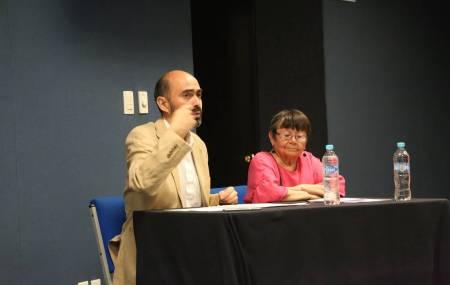Académico chileno imparte conferencia en ICSHu1