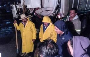 Alcalde de Mineral de la Reforma supervisa labores de limpieza y desazolve tras fuerte lluvia 3