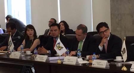Asiste titular de la Sedeco a Reunión de AMSDE; en ésta, el secretario de Economía recomendó a estados diversificarse2