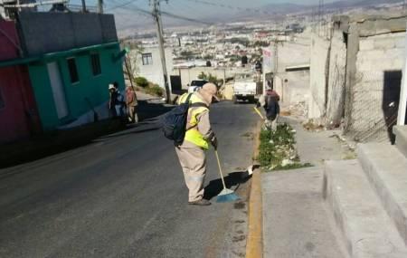 Ayuntamiento de Pachuca refuerza acciones de limpieza en espacios públicos y colonias