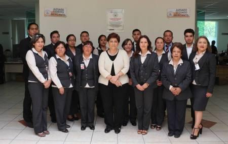 Blanca Sánchez Martínez, Presidenta del TSJH realiza recorrido en juzgados Civiles y Mercantiles  de Pachuca.jpg