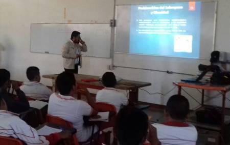 DIF municipal de San Salvador ofrece pláticas para combatir la obesidad