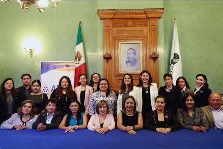 Empodera Presidencia Municipal a las mujeres pachuqueñas