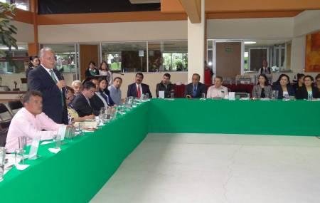 Firmó convenios UTTT en XI Sesión de Consejo de Vinculación2.jpg