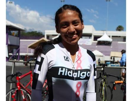 Hidalguenses finalizan participación en el ciclismo de pista3.jpg