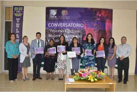 """IEE realiza el Conversatorio """"Mujeres, Memorias y Diálogos""""4"""