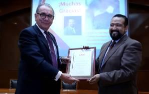 Imparte conferencia sobre neurociencia Hans Oleg Olvera en UAEH2