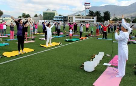 INHIDE conmemora el Día Internacional del Yoga 2.jpg