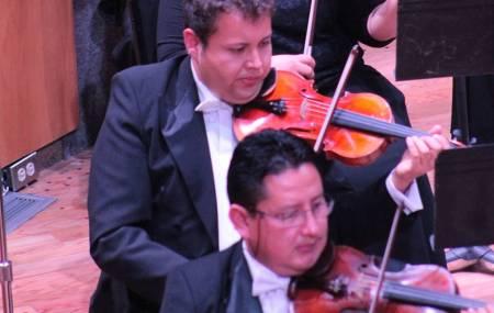 Iván López Reynoso dirigirá concierto de la OSUAEH1