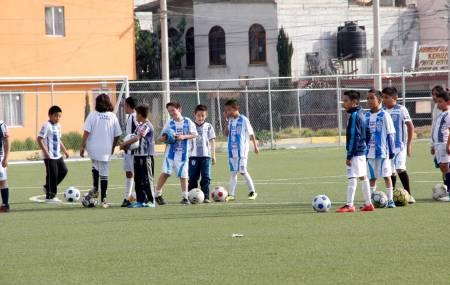 Promueve Mineral de la Reforma Escuela Municipal de Fútbol.jpg
