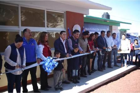Raúl Camacho entrega obras en beneficio de la localidad de El Velillo2