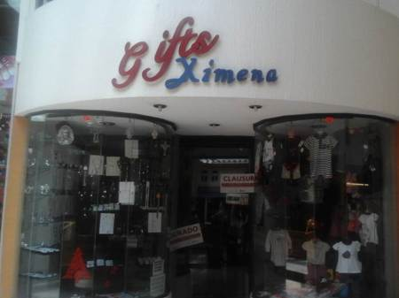 SAT en Pachuca clausura establecimiento de regalos; no entregaba facturas electrónicas
