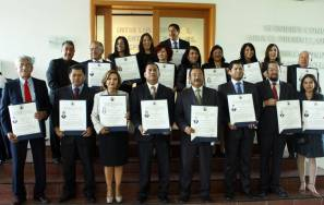 Tienen maestría o doctorado menos de 1% de mexicanos2