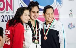 Espectacular cierre de tritones y sirenas en el Campeonato Nacional de Curso Largo1