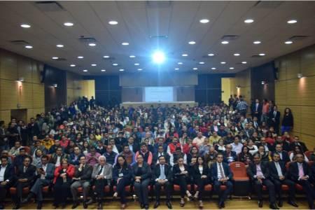 Exitosa conferencia magistral Segunda Vuelta Electoral y Gobierno de Coalición para México
