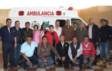 Gabriel García Rojas dona una ambulancia a ejidatarios3
