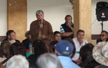 Gabriel García Rojas dona una ambulancia a ejidatarios5