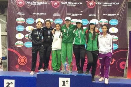 La hidalguense Gabriela Canales obtiene bronce en el Campeonato de Luchas Asociadas de Cadetes