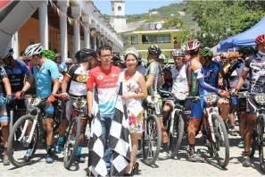 Metztitlán recibió a los mejores pedalistas en la 13 fecha del Serial Hidalguense de MTB