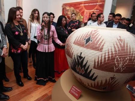 Nuvia Mayorga, Titular de la CDI inaugura la exposición Norte Infinito, Pueblos Indígenas en Movimiento