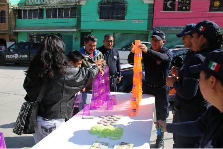 Policía estatal realiza actividades sociales en localidad de Azoyatla4