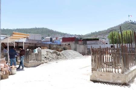 Por seguridad y prevención, suspende Presidencia Municipal obra en colonia Centro