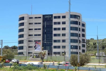 Promueve UAEH curso de plomería para sus empleados2.jpg