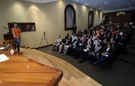 Promueve UAEH movilidad académica en el extranjero para sus egresados 1