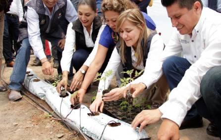 Sayonara Vargas atestigua firma de convenios de colaboración UPFIM, SEDAGRO, PCCyC Y CIAD1