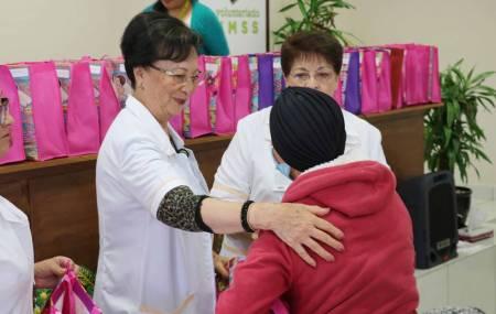 Son 438 las beneficiadas con prótesis de mama por parte del voluntariado del IMSS Hidalgo.jpg