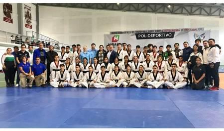 Taekwondoines argentinos visitan Hidalgo