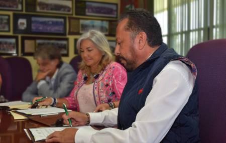 UTVM establece convenio de colaboración con INCA Rural 2.jpg