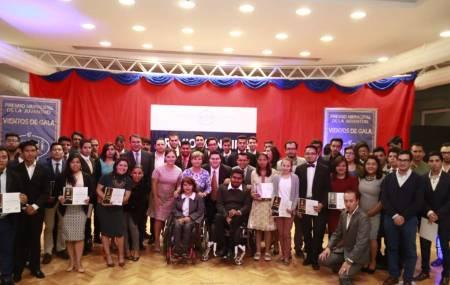 Alcaldía de Pachuca reconoce  a jóvenes proactivos y emprendedores1.jpg