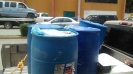 Aseguran 7 mil litros de combustible en la zona de Tepeapulco