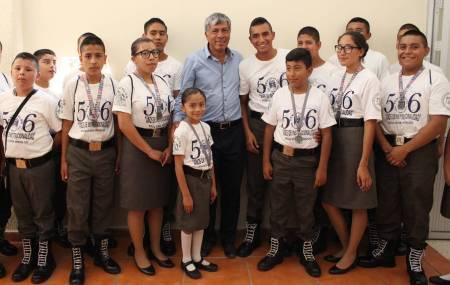 Autoridades de Tizayuca reconocen a miembros del Pentathlón Subzona Tizayuca