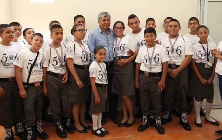 Autoridades de Tizayuca reconocen a miembros del Pentathlón Subzona Tizayuca2.jpg