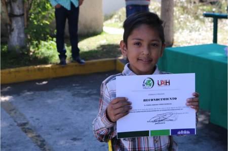 Clausuran curso de verano para niños en Fundación Hidalguense2